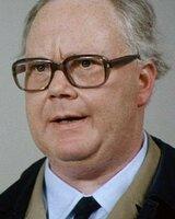 Henning Schlueter