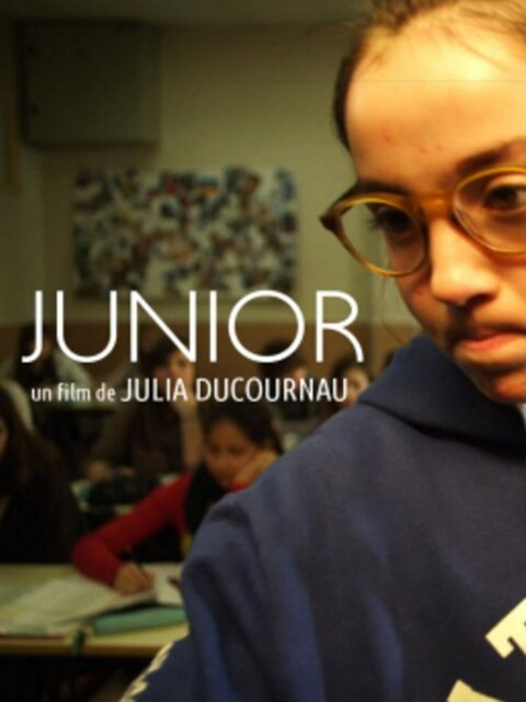 film : Junior