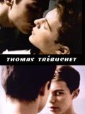 Thomas trébuche